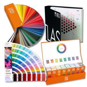 Farbkarten und -Fächer